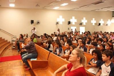 Celebração da Páscoa no Colégio Metodista Izabela Hendrix